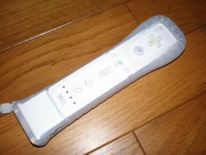 800px-Wiiモーションプラス